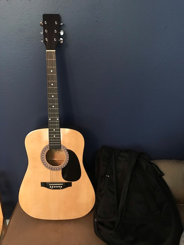 used esteban guitar with picks and carrying bag 50 obo used once for sale in knightdale letgo. Black Bedroom Furniture Sets. Home Design Ideas
