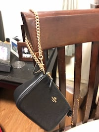 Brand new coach wristlets with gold chain  null