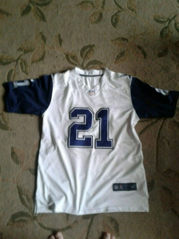 86e45c2fc Used Cowboy Jersey for sale in Nampa - letgo