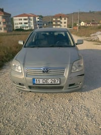 Toyota - Avensis - 2004 null