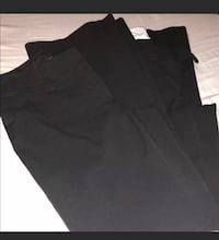 Slacks for women. 2 pants from limited size 2s and 2 pants from loft size 0s. Chattanooga, 37421