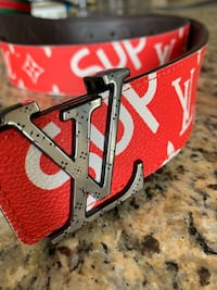 Supreme LV belt Cambridge, N1T 1M5