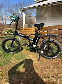 Electric bike- 17mph 30miles battery Middletown, 21769