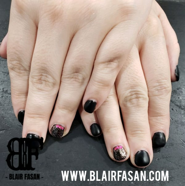 Nails - Gel extentions with Shellac/Gel Polish ddbc339e-3371-4a5e-8fe8-fafb635f7256