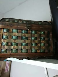 woven brown wooden chest box Syracuse, 13208