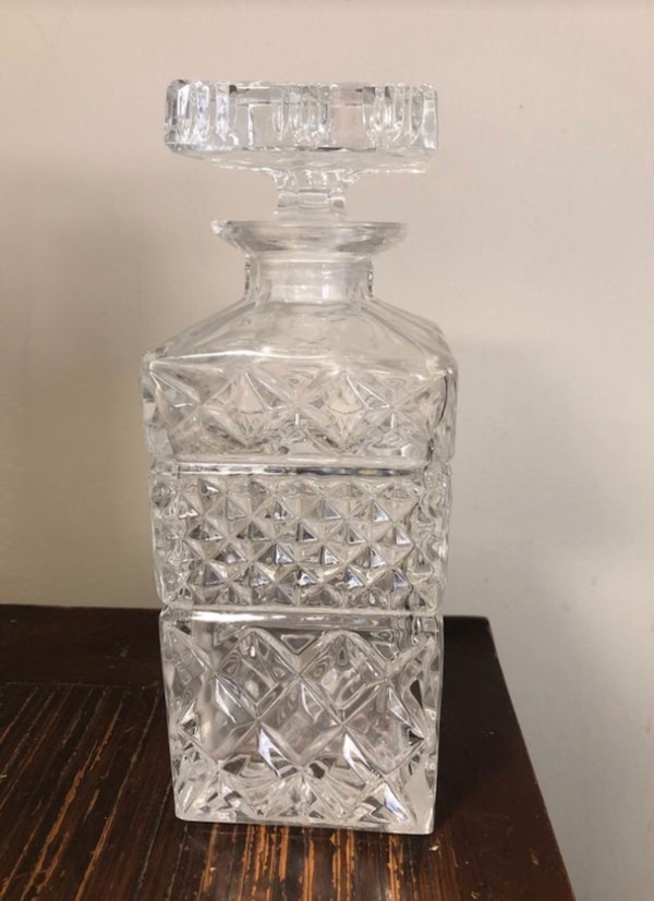 Crystal decanter  0
