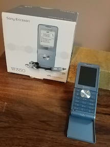 Sony Ericsson W350 Walkman Phone