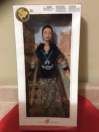 2004 Princess of the Navajo. Brand new unopened box. Has doll stand. Collector's Item. PINK LABEL.