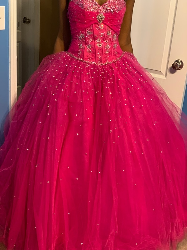 c5f8064a461993 Used Fuchsia Mori lee ball gown size 0 for sale in Duluth - letgo