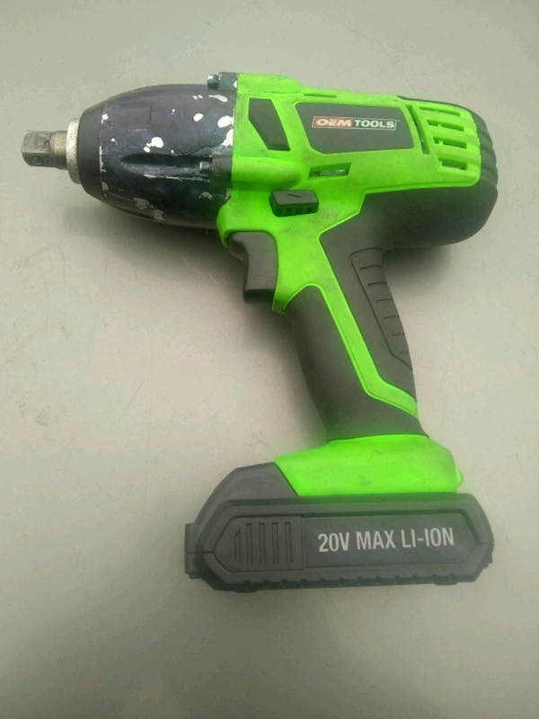 Used 1 2 Inch Battery Ed Impact Wrench With Charge For In Ellenwood Letgo