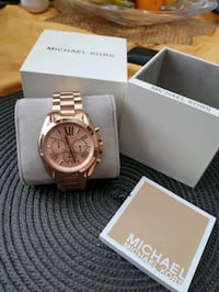 Michael kors rose gold watch  Woodstock, N4S 7H7