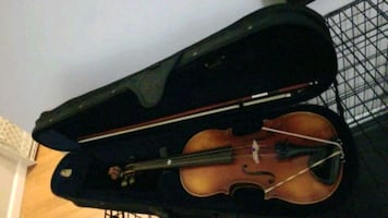 Gently used 4/4 violin with a new case and bow