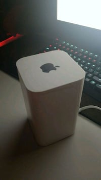 Apple Airport Extreme Chantilly, 20151