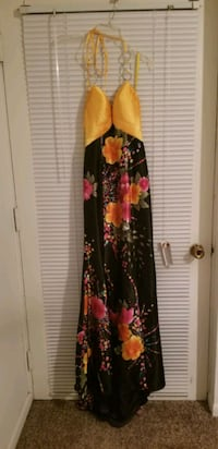Formal gown size 0 Knoxville, 37914