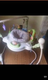White and green jumperoo Austin, 78749