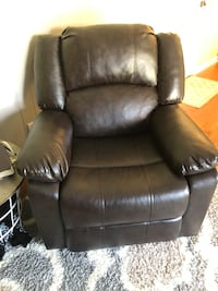 Brown leather recliner Powell, 37849