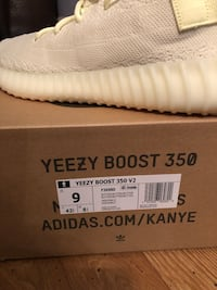 YEEZY BOOST 350 V2 BUTTER New York, 11385