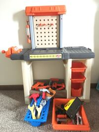 Kids tool bench by step2