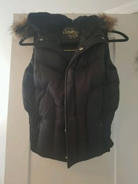 Aritzia Down Filled Vest Burlington