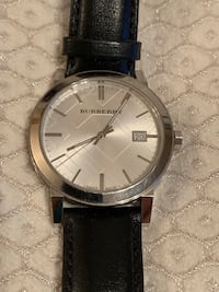 Burberry Watch with Leather Band Portland, 97227