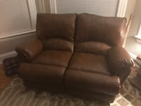 Reclining Love Seat (barely used) Stanhope, 07874