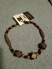 beaded brown and black necklace Sherwood Park