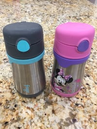 2 Thermos Water Bottle for $6 伯纳比, V5A 1P4