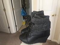 Women's black/Gray wedged boots Broadview Heights, 44147