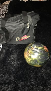 Green and black hammer bowling ball with bag Virginia Beach, 23454