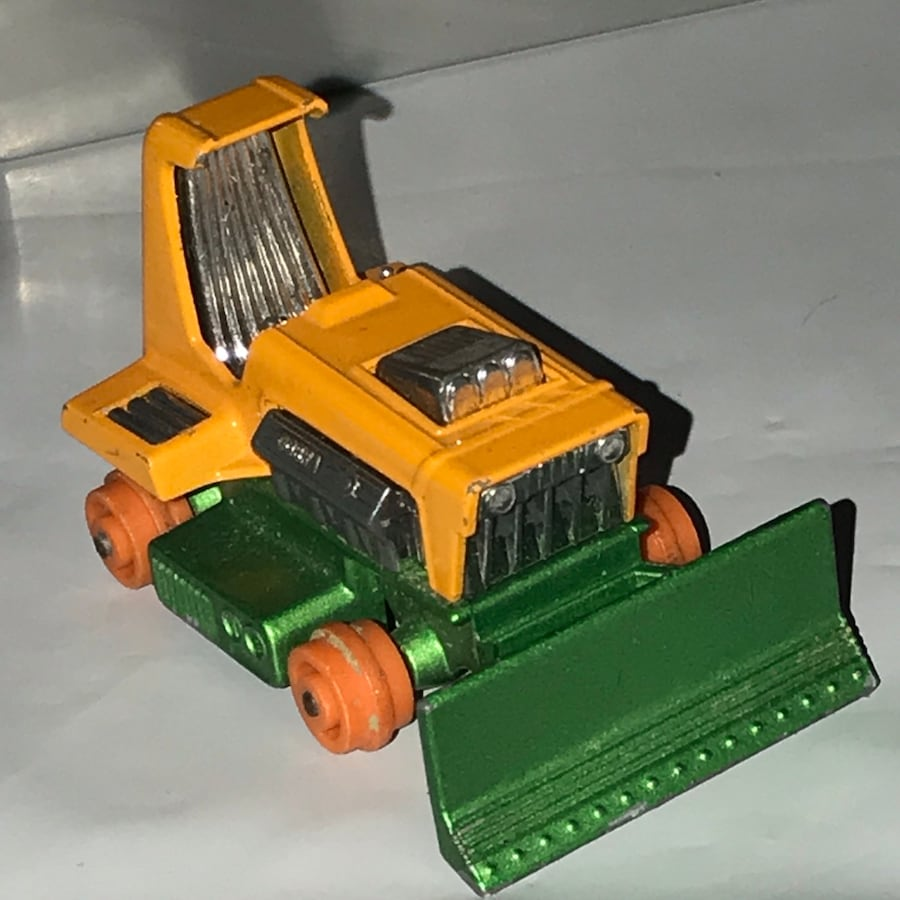 Vintage MatchBox Lesney 1975 Big Bull Bulldozers Mint
