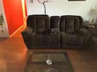 loveseat and sofa recliner Beltsville, 20705