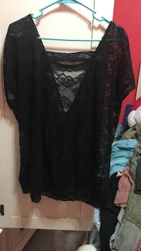 women's black lace plunging-neckline cap-sleeved blouse Brentwood, 11717