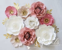 9 piece paper flower wall decor Mississauga