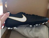 BRAND NEW IN BOX NIKE SOCCER CLEATS Tacoma