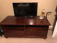 TV stand! (tv not included) West Jordan, 84088