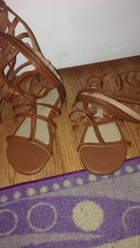 pair of brown leather open-toe sandals Tampa, 33603