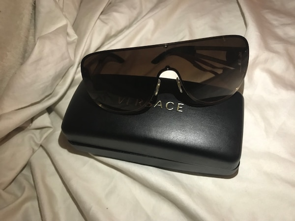 4da362f98f Used Versace VE2166 Sunglasses for sale in Dallas - letgo