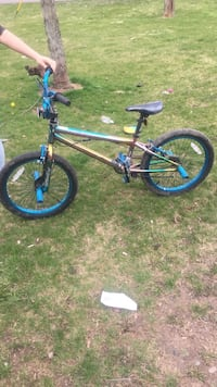 Gray and blue bmx bike Waterloo, 46793