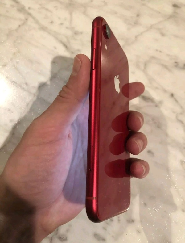 Apple iPhone XR  - 256GB - red (Unlocked) 2
