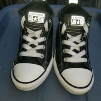 A great looking pair converse all stars size 2 you St. Louis, 63110
