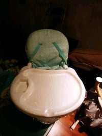 High chair - perfect condition