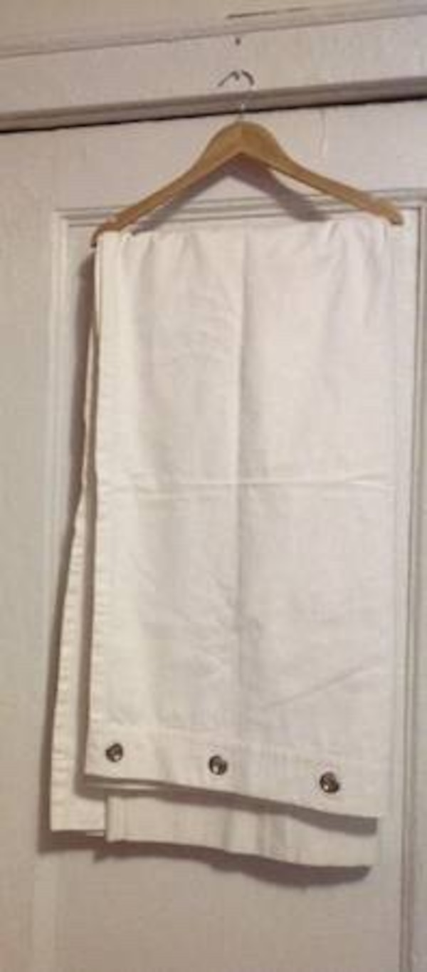 Used and new window curtain in Paterson - letgo