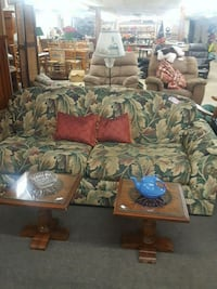 Couch great shape  Appleton, 54914
