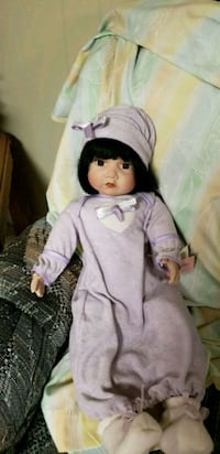 Porcelain collectible doll PG Hagerstown, 21740