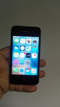 Iphone 4s 32gb Unlocked excellent condition Vancouver