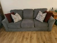 Like New Three seater couch with cushions  Upper Marlboro, 20774