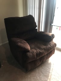 Brown recliner Fairfax, 22033