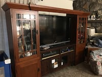 Entertainment bridge and cabinets on either sides Broken Arrow, 74012