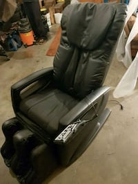 Quantum 400 full body massage chair Calgary, T1Y 2K1