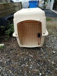white plastic pet carrier Mohrsville, 19541